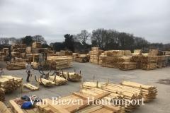 Van-biezen-hout-import-terrein